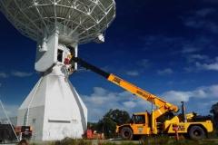 Humma-20T-Crane-stratos-antenna-gearbox-lift